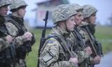 Ukraine huy động nhập ngũ khẩn cấp