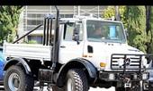 'Kẻ hủy diệt' Arnord bỏ SUV đi xe tải