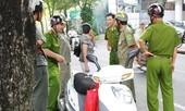 Cháy xe của nữ nhân viên Sở cảnh sát chữa cháy