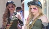 Avril Lavigne hầm hố với trang phục cực ngầu