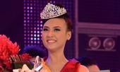 Nữ sinh Luật đăng quang Hoa khôi SV TP.HCM