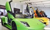 Bảy chiếc Lamborghini V12 cùng khoe dáng