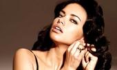 Adriana Lina nóng bỏng với nội y Victoria's Secret