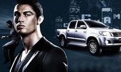 Cristiano Ronaldo sắm Pick-up Toyota Hilux