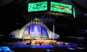 Sân khấu đêm chung kết HHVN 2012: Lộng lẫy, kỳ ảo