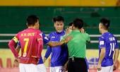BẢN TIN thể thao: Tuyển thủ U22 Việt Nam nhận án phạt vì đá láo với 'đàn anh'?