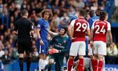 Sao Chelsea gãy cổ tay vẫn 'chiến' Arsenal