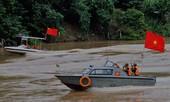 Biên phòng Việt - Trung tuần tra phòng chống xuất nhập cảnh trái phép