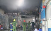 Cháy lớn tại gara ô tô, nhiều người hoảng loạn
