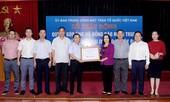 Bộ Tài chính trao tặng 500 triệu đồng ủng hộ đồng bào bị thiệt hại bão lũ