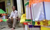 Gặp người đàn ông làm đèn kéo quân 'kỷ lục Việt Nam'