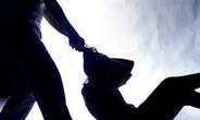 Chồng giết vợ mới cưới vì cuồng ghen