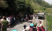 Bản tin 8H: Ba mẹ con tử vong thương tâm dưới bánh xe tải