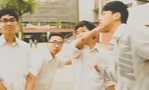 Clip 500 học sinh trường Ams 'đóng băng' 2 phút