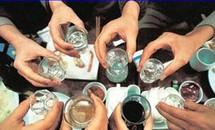 Có sự kỳ thị với người không biết uống rượu