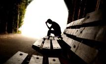 Nhật Bản lên kế hoạch kéo giảm số vụ tự sát