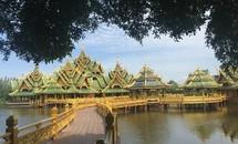 Một vòng quanh xứ Thái
