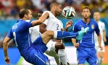 Anh-Italia (1-2): Màu thiên thanh đáng sợ
