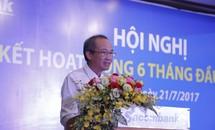 Ông Dương Công Minh hứa thưởng 'nóng' 1 tháng lương cho 17.000 CBNV Sacombank