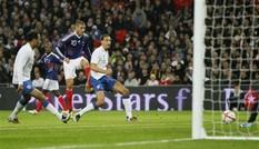 Pháp đánh bại Anh