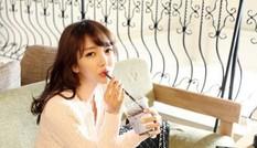 Nữ giảng viên xinh như hoa hậu nổi tiếng xứ Kim chi