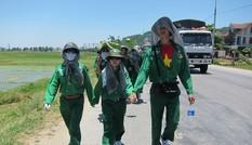 Dõi theo bước chân của đoàn đi bộ xuyên Việt