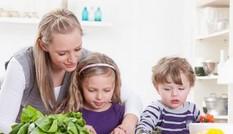 Phụ huynh lo gì khi cho con sử dụng vitamin tổng hợp?