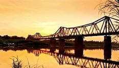 Ngắm cầu Long Biên qua các thời kỳ
