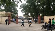 Tin nóng 24H: Nam sinh lớp 8 bị đâm chết giữa sân trường