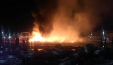 Công ty nhựa ở Hải Phòng cháy ngùn ngụt, khói lửa mù trời