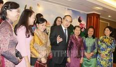 Phụ nữ Việt - Lào - Campuchia gắn kết 3 dân tộc