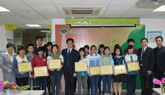 Cathay Việt Nam trao học bổng cho sinh viên