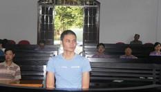 13 năm tù cho 'yêu râu xanh' hiếp dâm bé gái