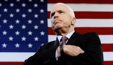 Mang khối u trong não, ông McCain tuyên bố sẽ trở lại