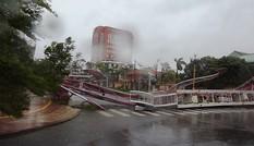 Quảng Bình tan hoang sau cơn bão số 10