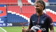 Bayern từng từ chối mua Neymar với giá rẻ giật mình