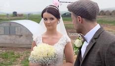 Chú rể thuê 50 con lợn làm nhân chứng lễ cưới và cái kết đắng