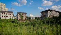 Nhan nhản biệt thự tiền tỷ bỏ hoang giữa Sài Gòn