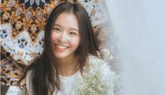 Nữ sinh xinh đẹp giỏi 2 ngoại ngữ khiến nhiều teen boy xao xuyến
