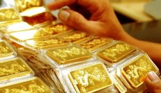 Giá vàng giảm mạnh