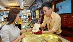 Giá vàng giảm nhẹ bất chấp căng thẳng Triều Tiên