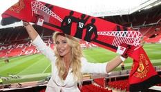 Mỹ nhân World Cup đến Old Trafford 'tiếp lửa' cho M.U