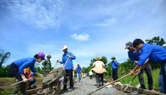 Đắk Lắk: Làm đường thanh niên ở thị xã Buôn Hồ