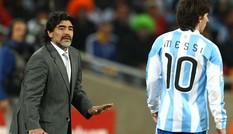 Maradona chê Messi không xứng với 'Bóng vàng'