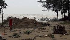Nhói lòng cảnh ven biển Hà Tĩnh tan hoang sau bão