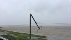 Lưới điện khu vực miền Trung thiệt hại do bão số 10