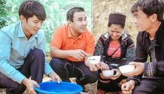 Theo chân MC Quyền Linh khám phá con đường sức khỏe xanh