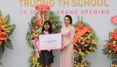 Quỹ Vì tầm vóc Việt trao học bổng trị giá hàng tỷ đồng tại TH School