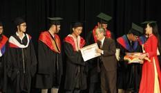 Đại học Duy Tân trao bằng tốt nghiệp cho hơn 1.500 sinh viên