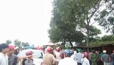 Người vi phạm giao thông ném đá, đạp đổ xe CSGT